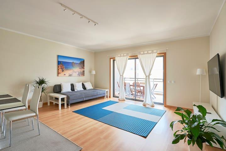 ★ Algarve Seaside Lux Apartment w/Pool ★