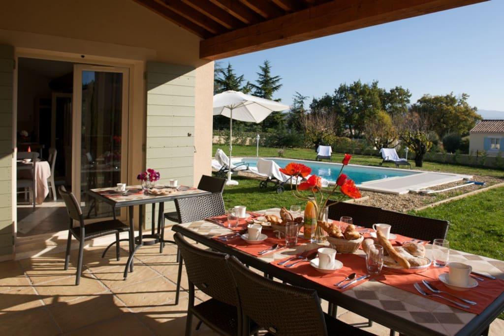 Villa de luxe avec piscine priv e maisons louer - Location cote d azur avec piscine ...