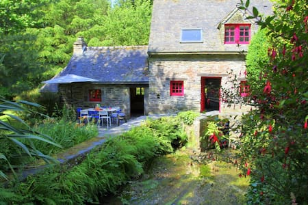 Séjour charme au Moulin de Beuzidou - Saint-Urbain