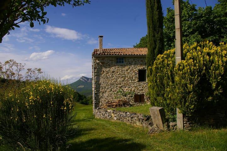maison de pays en pierre - Félines-sur-Rimandoule - Hus