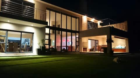 9 on Aquavista Luxury Addo River View Villa