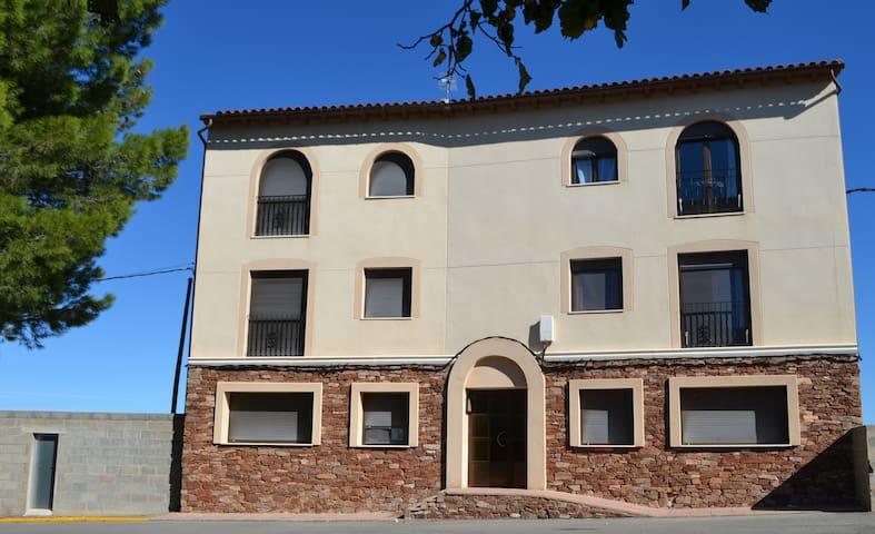 Apartamento 2 - Los Almendros - La Puebla de Valverde - Apartment