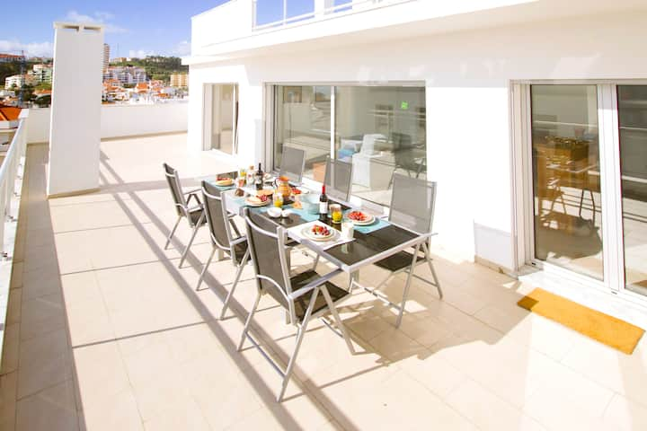 Top Floor with 2 Private Terraces and Sea Views