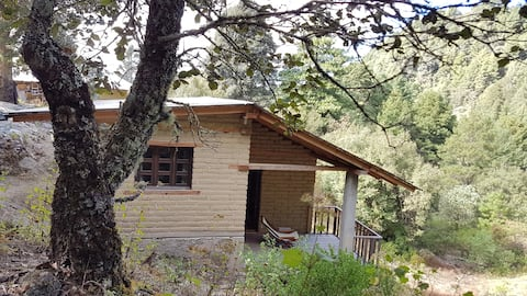 Scenic mountain view land house in Sierra Norte