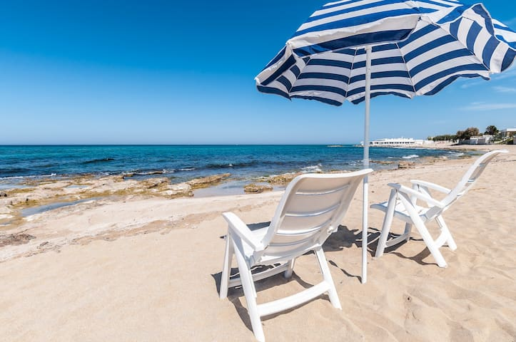 Nido di Luigi: Panoramic Seafront Apartment - Monopoli - Appartement