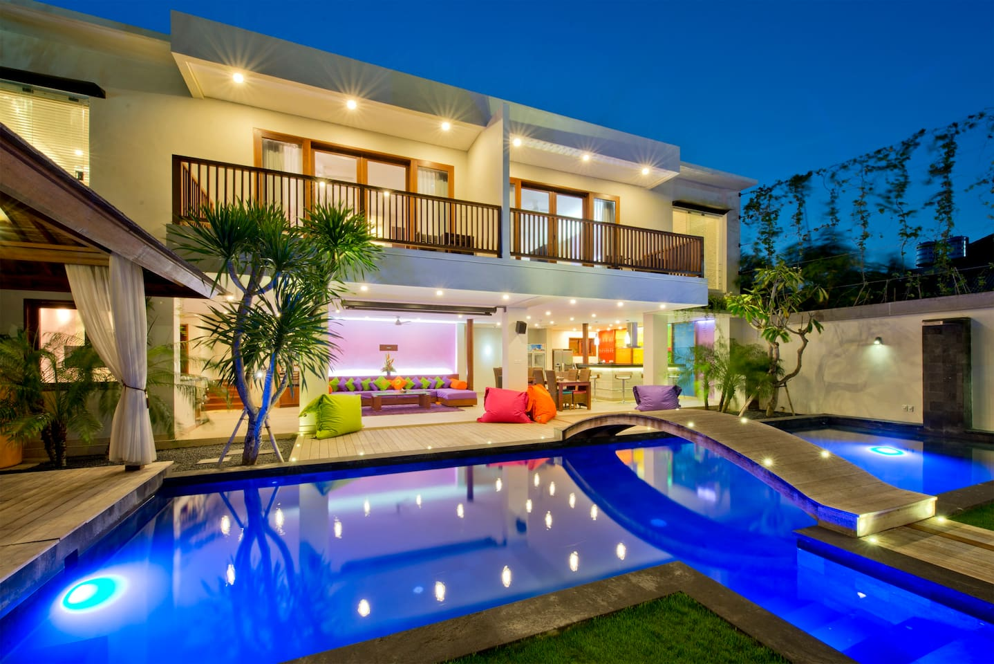 Main building with Garden / Pool / Kitchen / Sofa's on the ground floor and 2 bedrooms upstairs