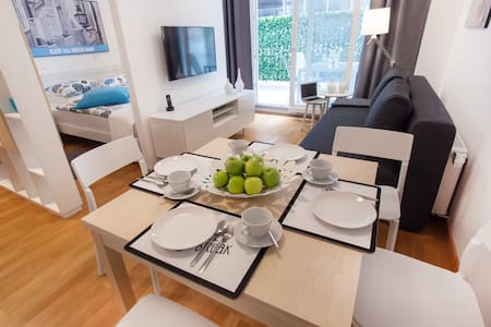 ★ Magic Blue Getaway ★ Patio | FREE Garage & Bikes - Ljubljana - Apartment