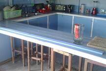 Auxiliar Dining table