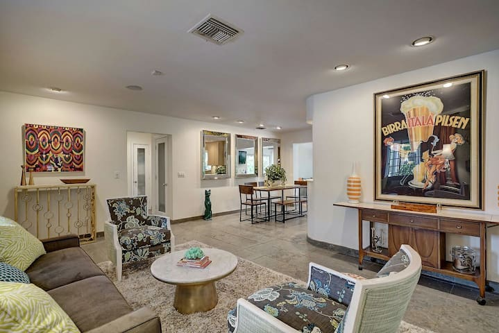 Open and bright floor plan with room to spread out