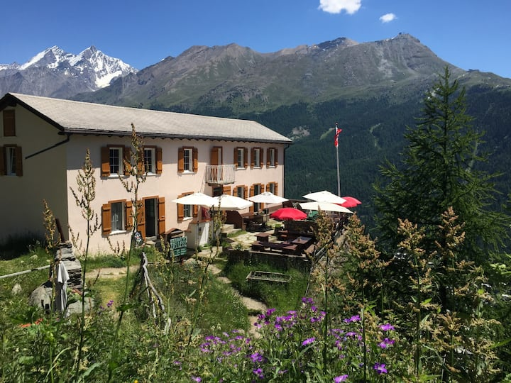 Edelweiss - Peaceful Mountain Pension - 5 Pax Room