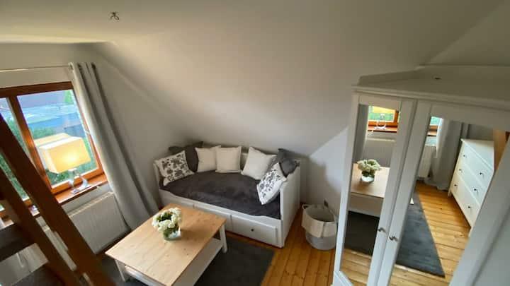 """"""" To Huus """" Wohnung am Rande von Jever"""
