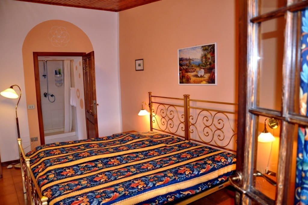 Diga apartment with separate entrance, a private bath and a private terrace