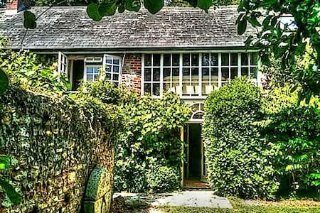 Beautiful  house & garden, near Honiton, E.Devon - Casa