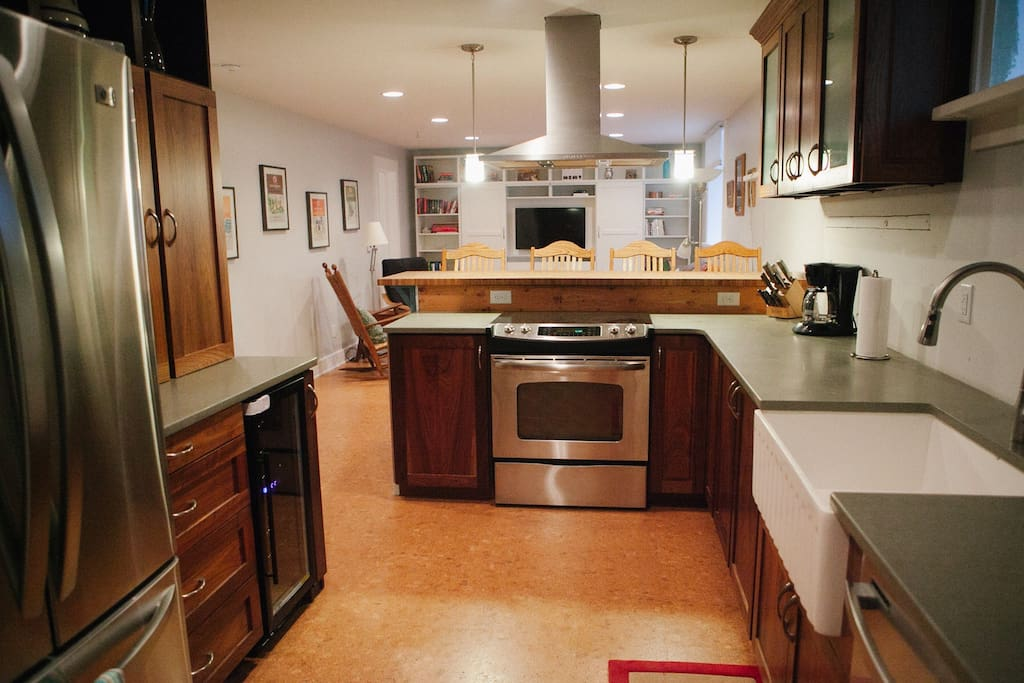 Open layout, beautifully updated kitchen.
