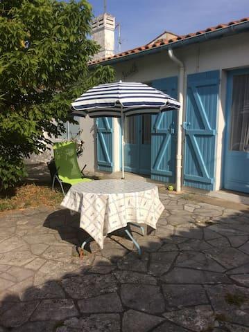 Maison à proximité de la plage de saint de diddone