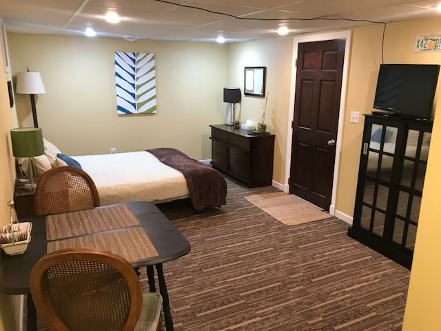 Cozy & clean lower level suite