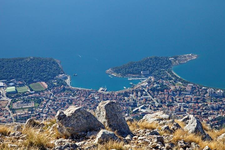 Guidebook for Makarska