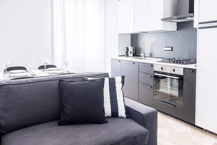 Brand new flat in Duomo area