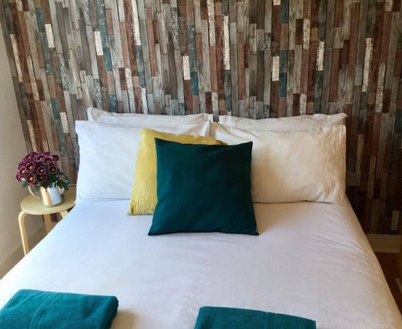 Room for 2 just 3 minutes from Temple Bar! - Dublin - Daire