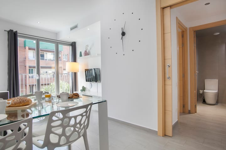 Lovely Gaudi Apartment - 1121