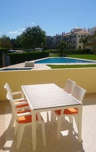 VILAMOURA  MARINA APARTMENT SLEEPS 6 - Quarteira - Huoneisto