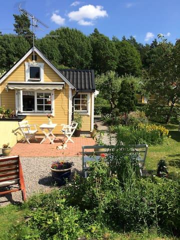Wonderful summer house - Estocolmo - Cabaña en la naturaleza