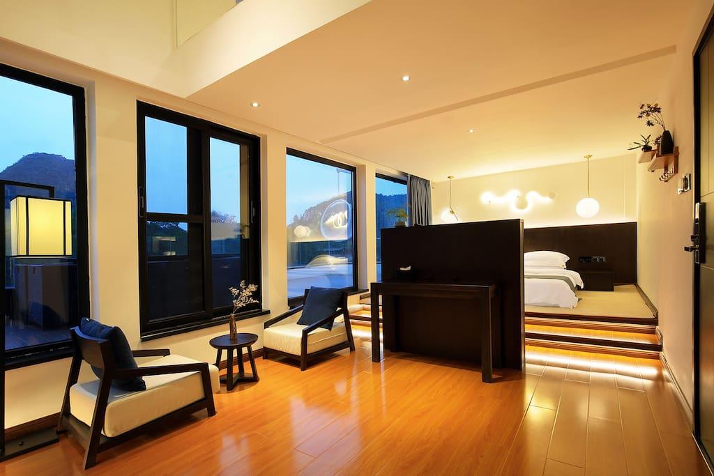 房间配置电动窗帘