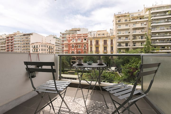 #FLH - Trendy Chic Apartment, Agia Sofia District