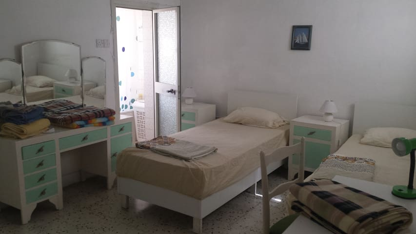 Town House in Gzira near the Sea -  Central