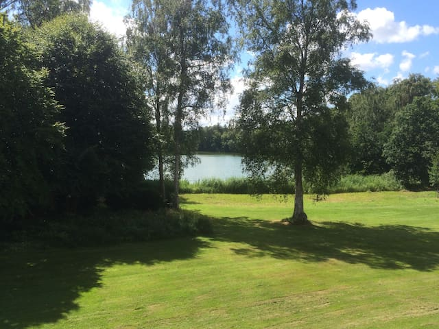 In the forest yet close to the beach & Copenhagen - Holte - Apartamento