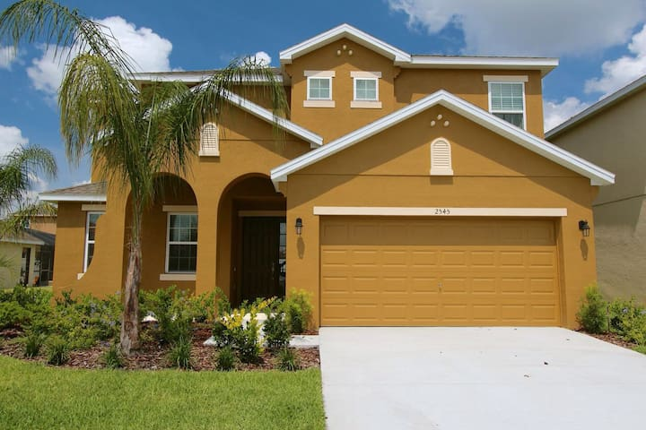6BR New Home/Pool/WiFi 15min Disney