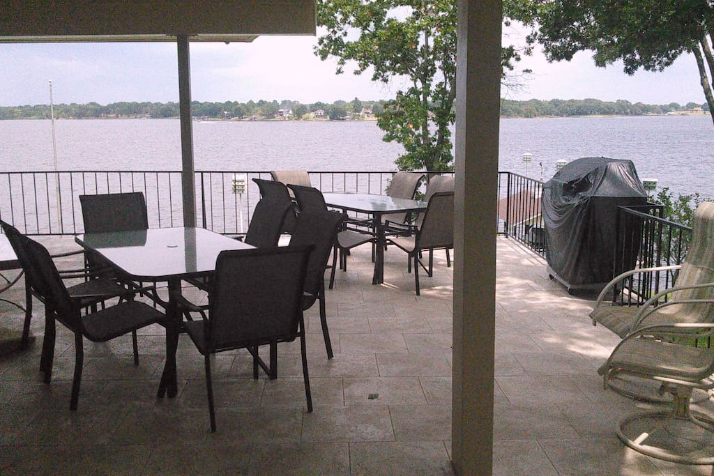 Main Deck Overlooking Lake