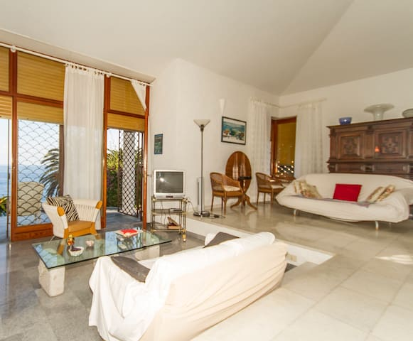 Villa white 5 terre - Bonassola - Huis