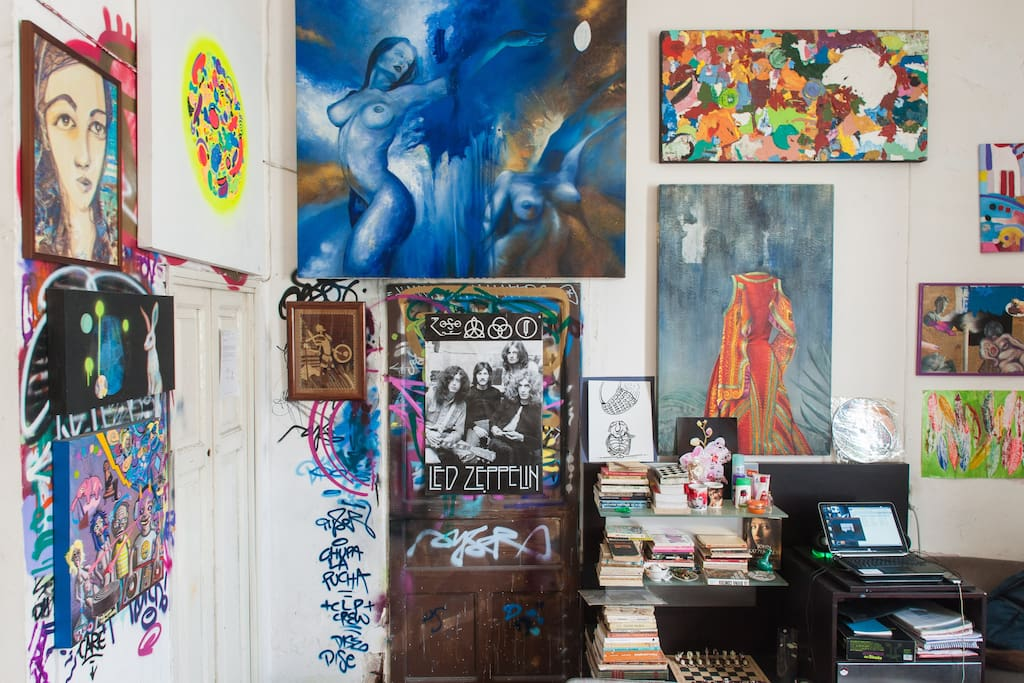 Painting, sculpture, grafitti can be seen all around the house