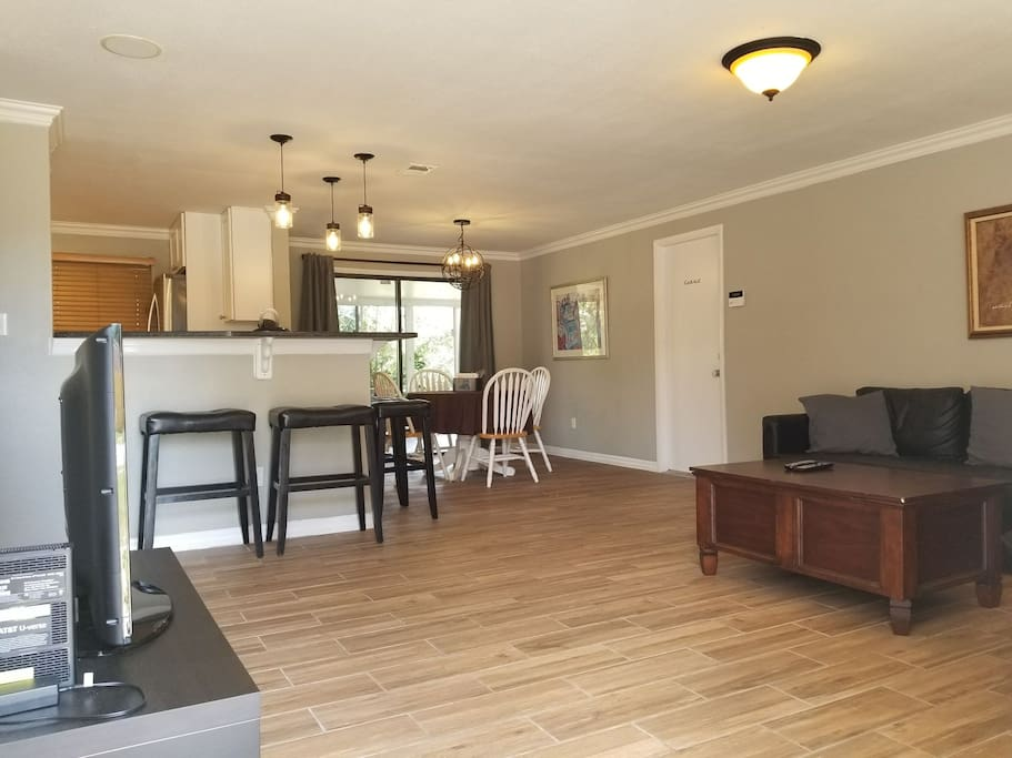 You will see a spectacular living room and dining room once you step into the house.