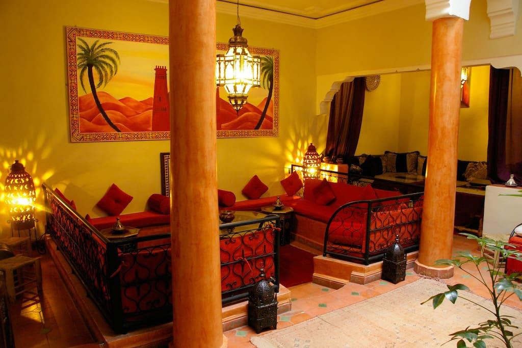 Jolie chambre beau riad dans m dina chambres d 39 h tes for Chambre d hotes marrakech