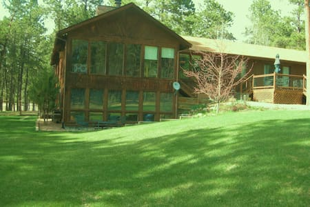Your home away from home on 8 acres - Colorado Springs
