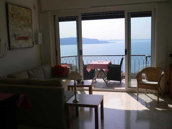 Piccolo apartment with super view (017187CNI00266)