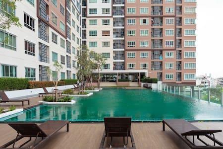 28fl Amazing view, corner room 38sq - Chongnonsi, Yannawa - Apartment
