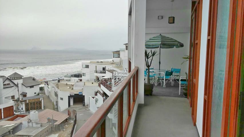 Flat with amazing ocean view - Pulpos Beach