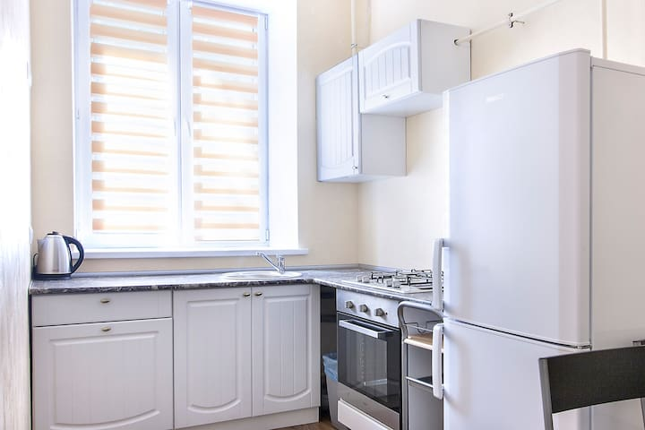 New Renovation $23 near center Wifi - Київ - Appartement