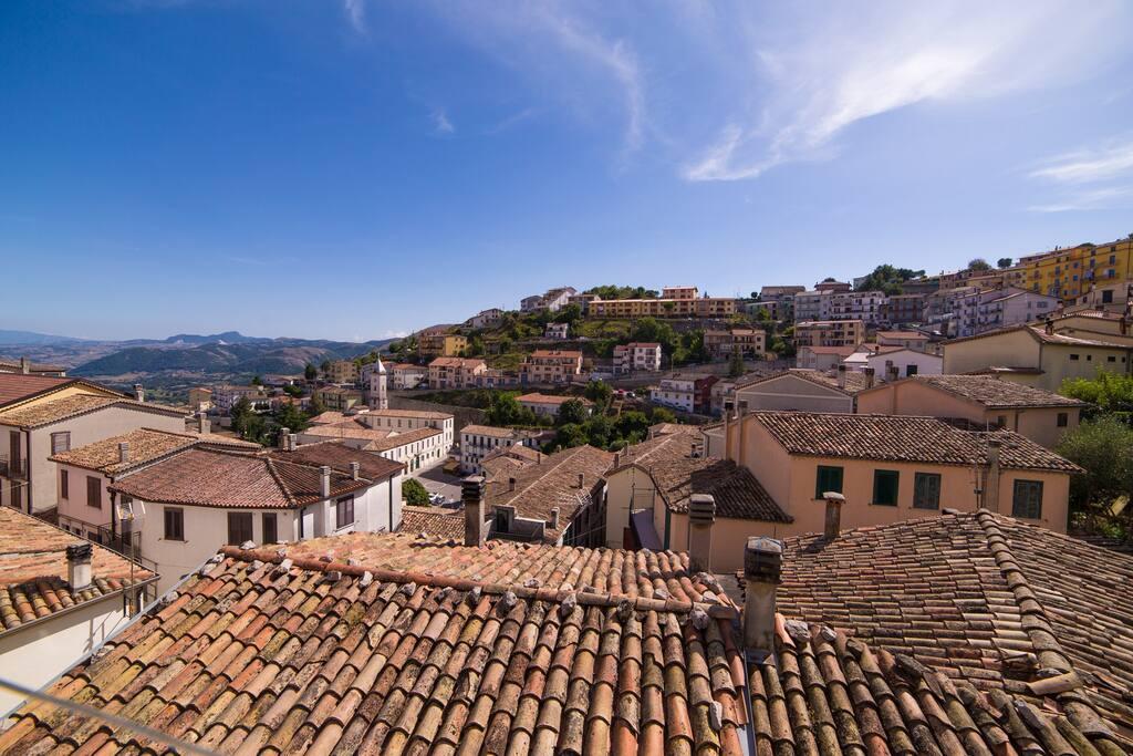 Vista dal Balcone Camera Matrimoniale. Piazza Don Minzoni (Piazza principale di Muro Lucano)