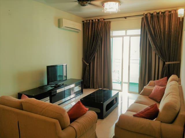 Full-equipped Luxury Condo for Homestay@Bayan Baru - Bayan Lepas