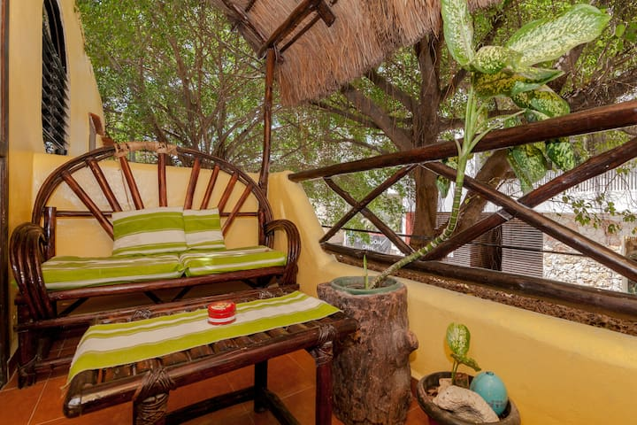 WOODED STUDIO WITH BALCONY! BEST LOCATION EVER!!