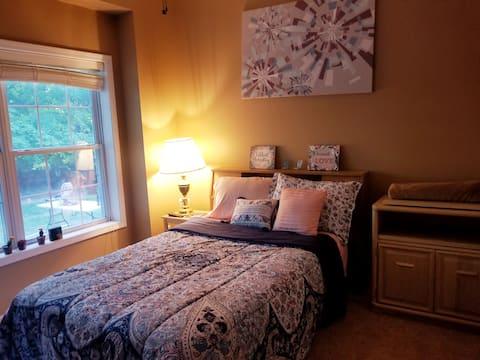 Moore Peaceful Room