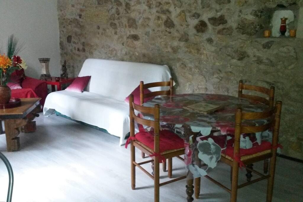 Clic clac 2 places dans le séjour + canapé