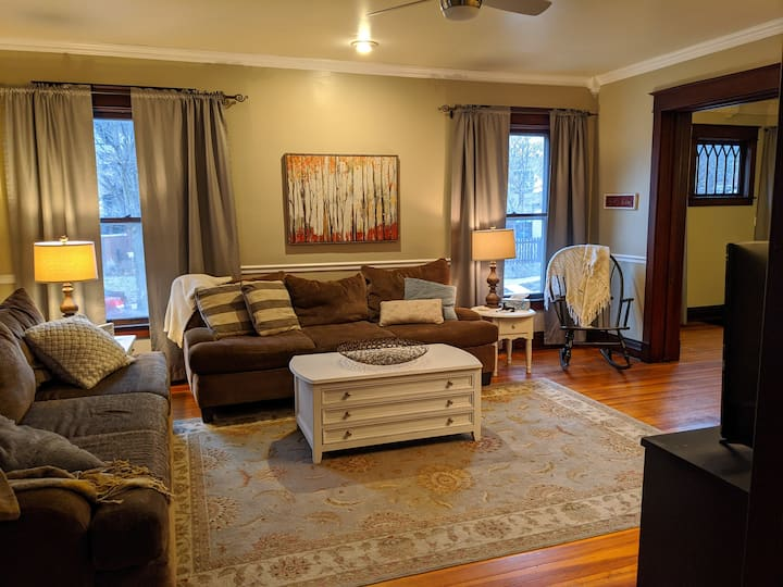 Walk to downtown, close to Purdue!