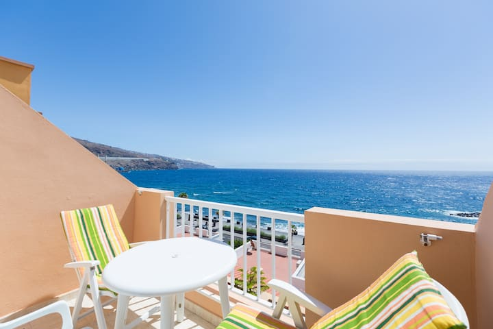 Spectacular sea view. pool WlFI, romantic terrace - caletillas/candelaria - Huoneisto