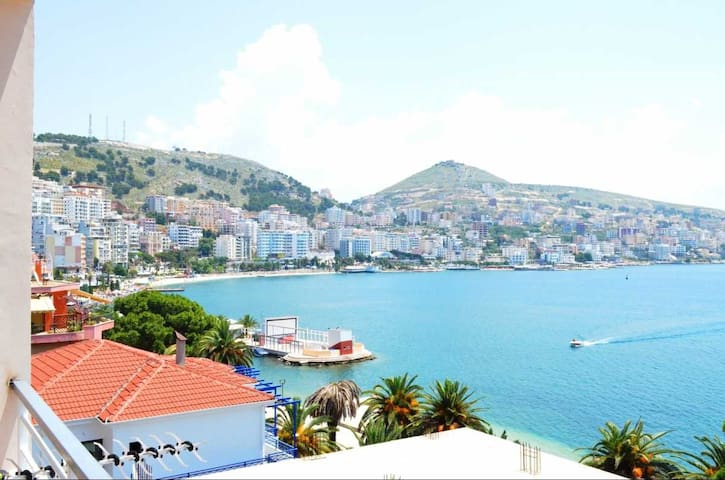 Waterfront Apartment in Sarande - Sarandë - Daire
