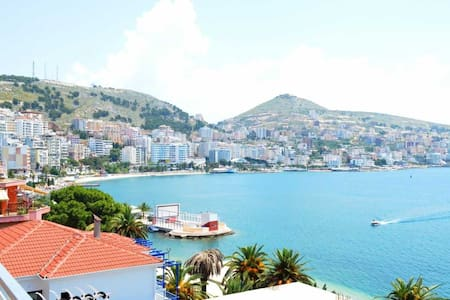 Waterfront Apartment in Sarande - Sarandë - アパート